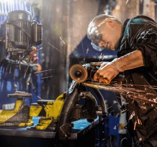 Manutencao-de-Maquina-e-Equipamentos-Industriais